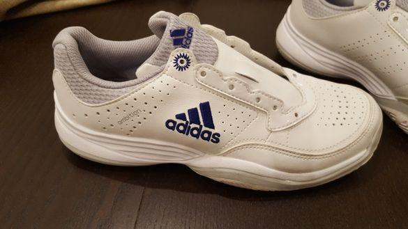 Маратонки Adidas Ambition