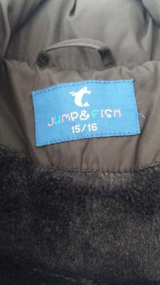 Продавам детско зимно яке