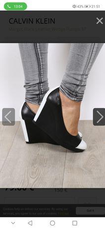 Оригинални Calvin Klein обувки на платформа. 39 номер.