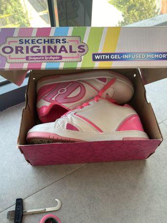 Кроссовки Skechers на колесиках