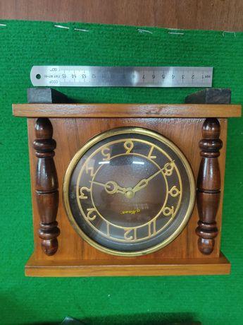 Часы настольные советские СССР