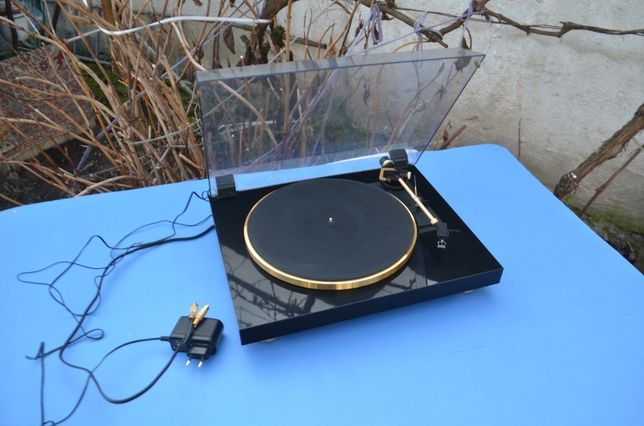 MDF negru lucios dual gold edition fine arst pickup turntable
