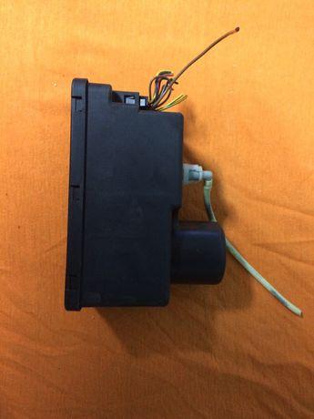 компресор за централно заключване   audi A 3 ; A 4- ремонт