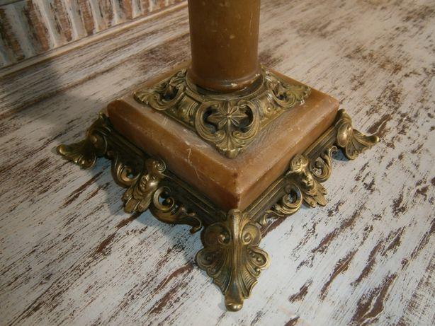 Sfesnic vechi din marmura si bronz