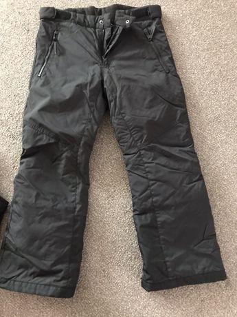 Pantaloni ski H&M mar.152 stare impecabila