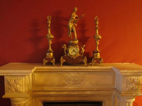 Автентичен антикварен часовник Raingo Frères с два свещника