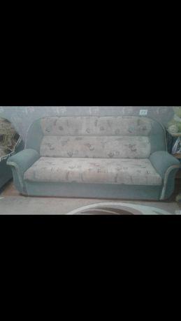 Продам диван.  Диван +2,кресло