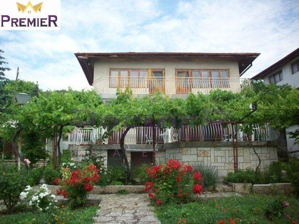 Къща в Добрич, област-гр.Балчик площ 80 цена 92204