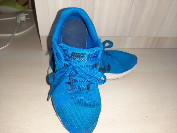 Оригинални маратонки Nike номер 35.5