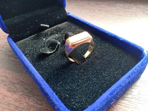 Продам золотой перстень