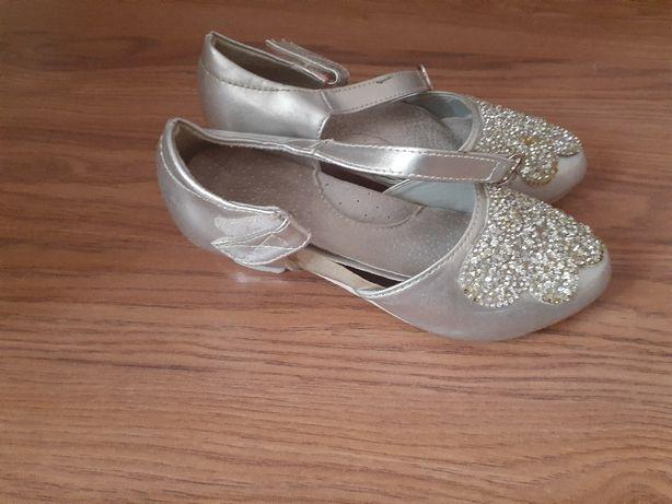 Продаю обувь 10 9