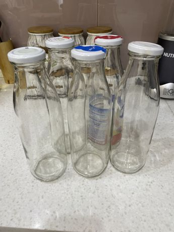 Бутылки стеклянные (банки)