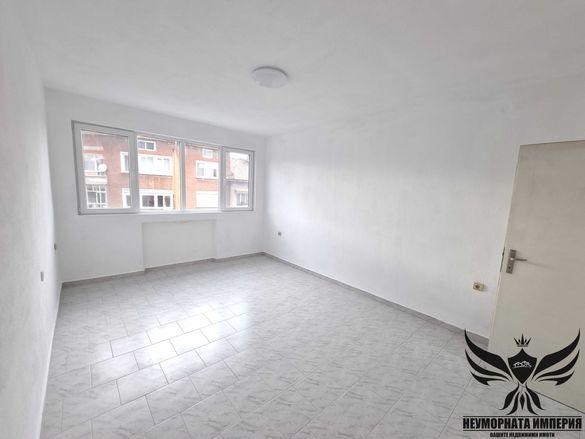 Продавам многостаен 125кв.м. на 3 етаж кв.Зъбчето в гр.Асеновград