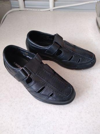 Продам обувь на мальчика, размер 30
