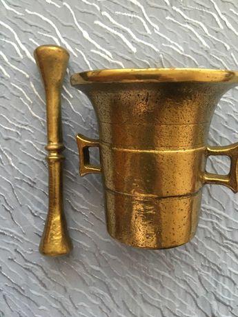 Mojar cu pistil din bronz