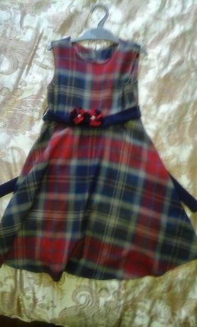 трикотажное шикарное платье для девочки