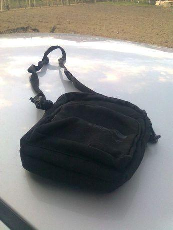 Продавам мъжка чанта(спорт)