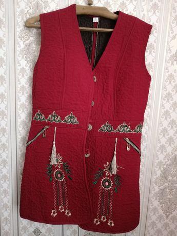 Продам жакет с казахским орнаментом