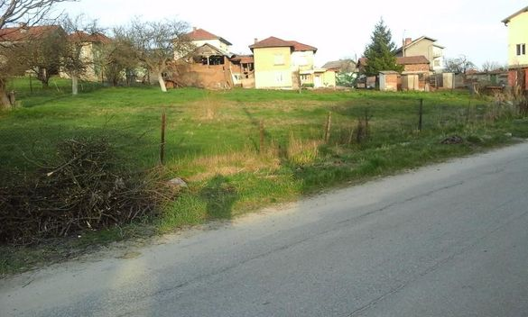 Парцел в село Горни Окол