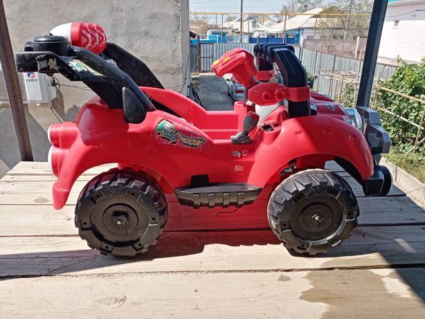 Детская машина без аккумулятора в хорошем состоянии