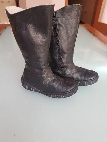 Страхотни ботушки на френската марка MOD 8,номер 27.Естествена кожа