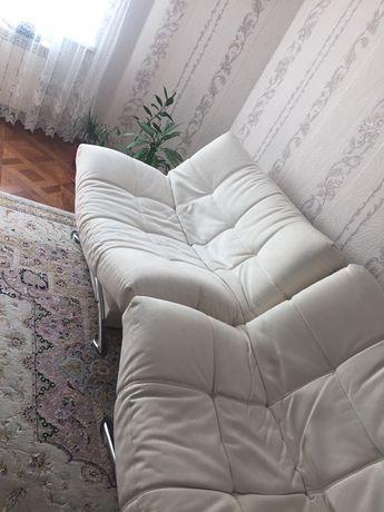 Продам диван + кресло(трансформер) состояние хорошее. Не застираный