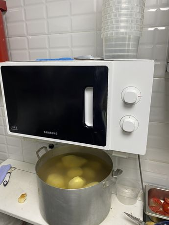 Микорволновый печь