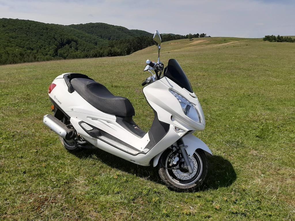 Motoscuter 125 cm