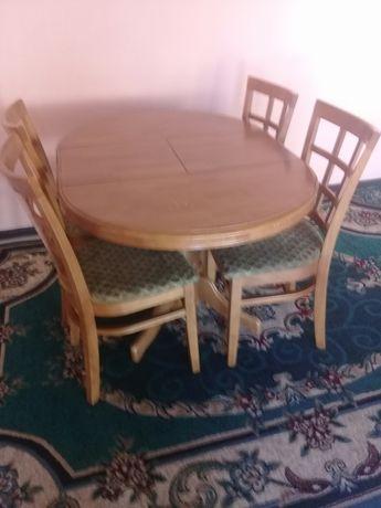 Продам стол. В хорошем состояний.
