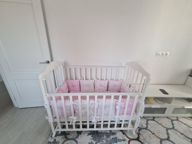 Детская кровать-манеж