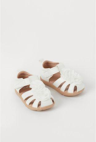Sandale fetițe noi