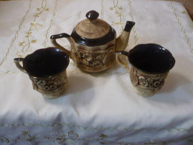 Чайный набор на двоих: две керамические чашки и чайник для подарка