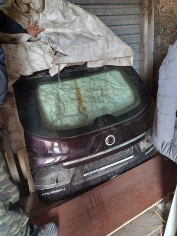 SsangYong Kyron задний багажник со стеклом