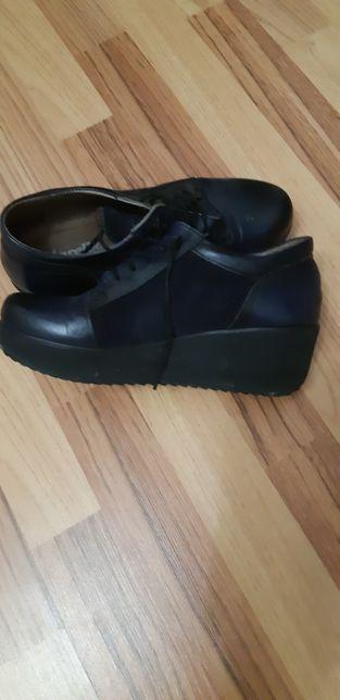 Pantofi din piele dama