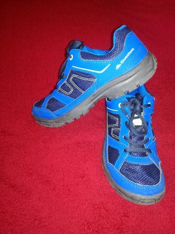 Vând pantofi copii Quechua nr 34