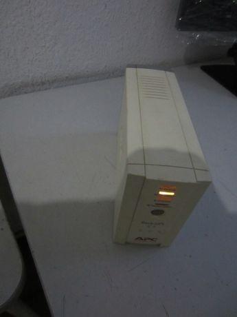 UPS APC 500VA (непрекъсваемо токозахранващо устройство 220V)