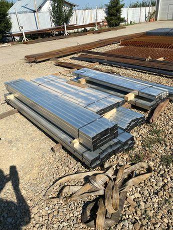 Stalp gard zincat 60x40x2 la lungime de 2,5 M