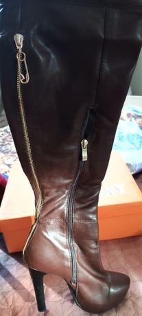 Женская обувь.ботфорты