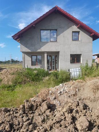 Vând casă sat Gavojdia sau schimb cu apartament la Lugoj