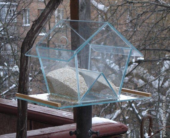 продам кормушки из дерева и есть из стекла