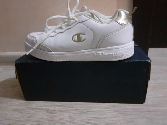 Детски бели кожени обувки Champion