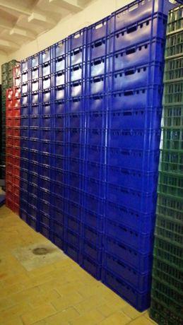 Naveta /lada plastic-tip E2/rosu albastru/calitate superioara/21 ron