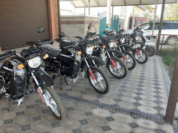 Мотоцикл 200куб новый, подарка каска, магнитола