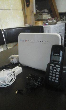 Huawei Home Gateway si telefon portabil casa.
