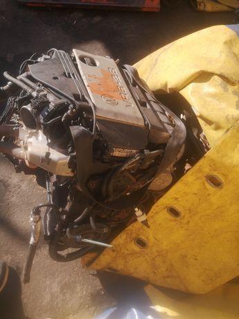 Контрактный двигатель Фольксваген Volkswagen VR6 2.8 Sharan Bora Passa