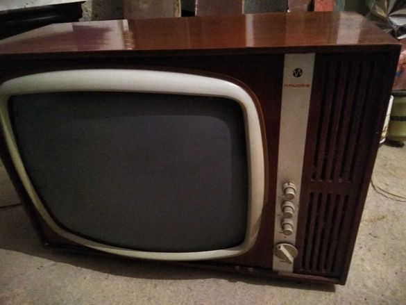 Продавам телевизор Плиска