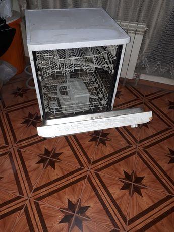 Машинка посудамоечная vestel
