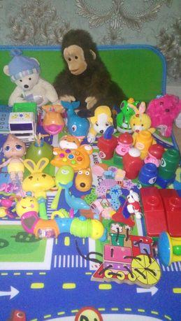 Игровой коврик для малыша + пакет погремушек только сегодня за 3000