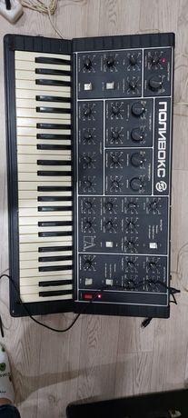 Продам легендарный синтезатор Поливокс.