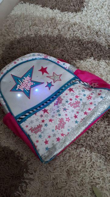Продам школьный портфель